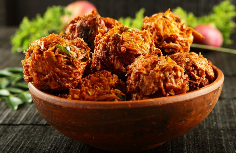 Onion pakoras fritters-The Humming Notes-street food India