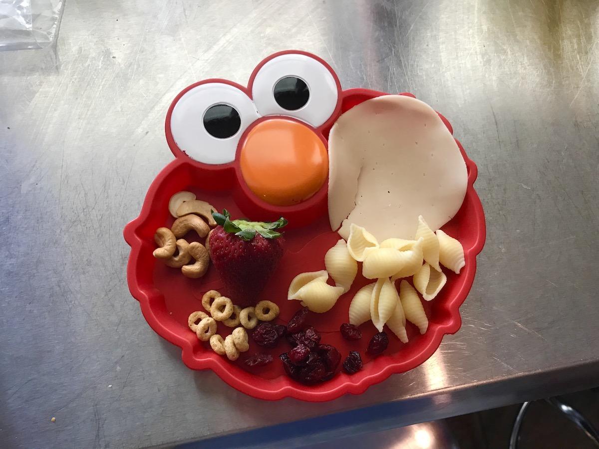 Elmo Plate