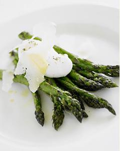 asparagus-poached-egg-cafe-juanita-seattle