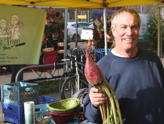 farmers-market-farmer-jason-price-seattle
