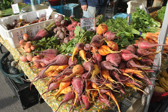 farmers-market-beets-jason-price-seattle