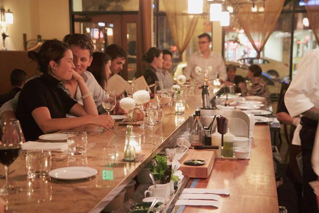 altura-interior-italian-restaurant