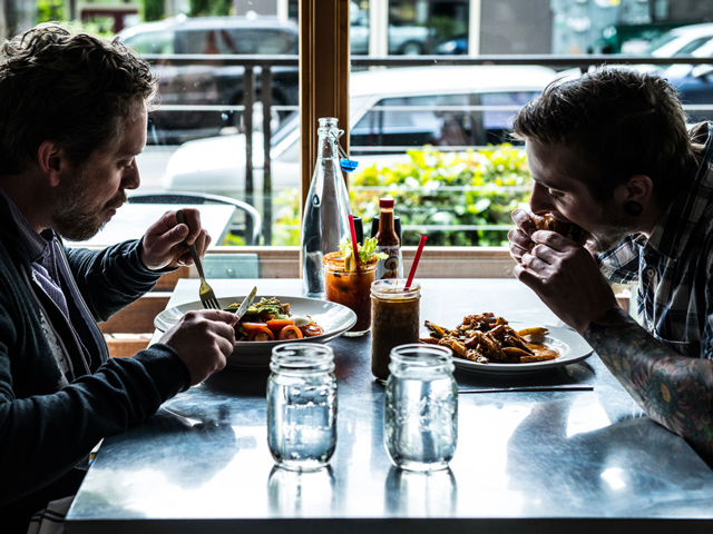 skillet-diner-table