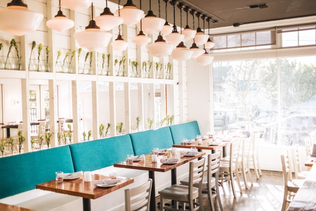 brimmer and heeltap dining room