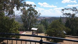 from oxley lookout