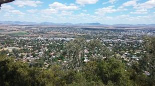 Oxley lookout