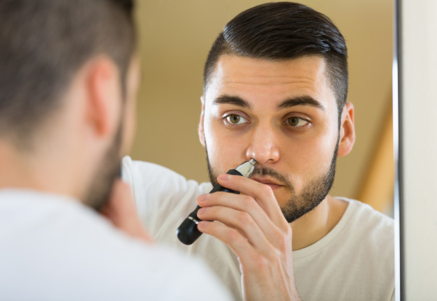7 Best Electric Ear and Nose Hair Trimmers on Amazon