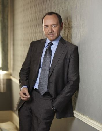 tailored bold suits worn by Kevin Spacey in 'House of Cards'