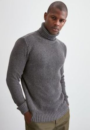 men's turtle roll neck outfit trend fashion