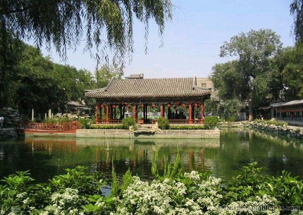 The mansion of Prince Gong. One of the major scenic places in Beijing, the mansion was home to one of the most influential officials of the 19th century.