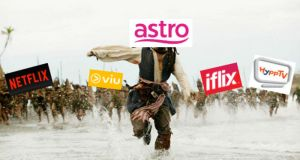 Astro running away meme