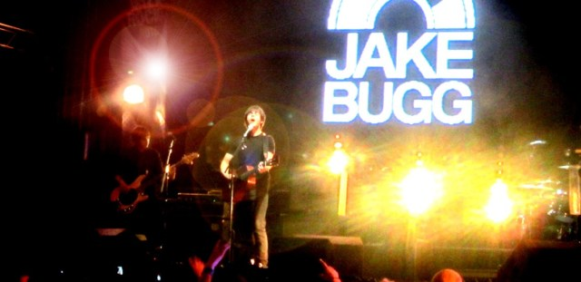 jake-bugg_claireb_210714