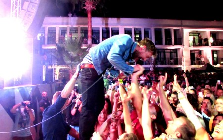 Kaiser-Chiefs_claireb_080914_4-credit-Living-Photography