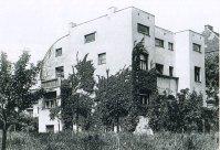 Steiner House