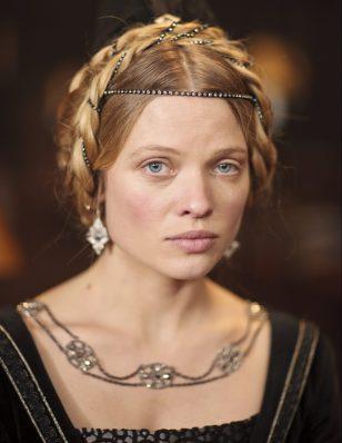 Princess Katherine (Mélanie Thierry)