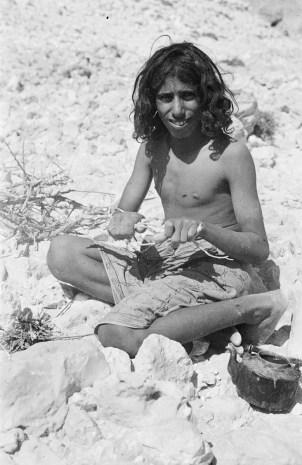 Salim bin Kabina, 1947. Photo by Thesiger.