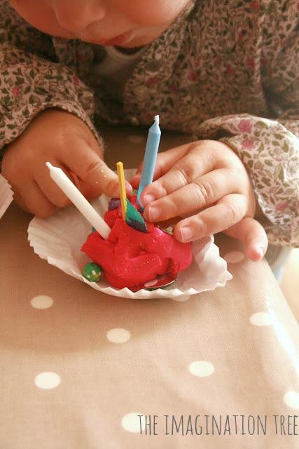 playdough cupcakes