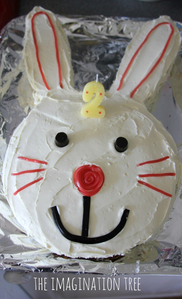 Easter Themed Cakes