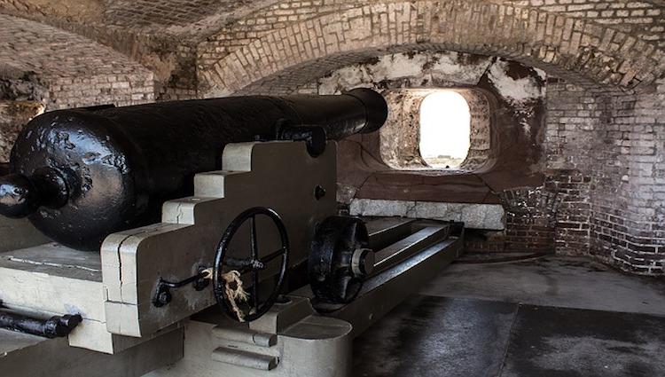 The Battle of Fort Sumter Begins