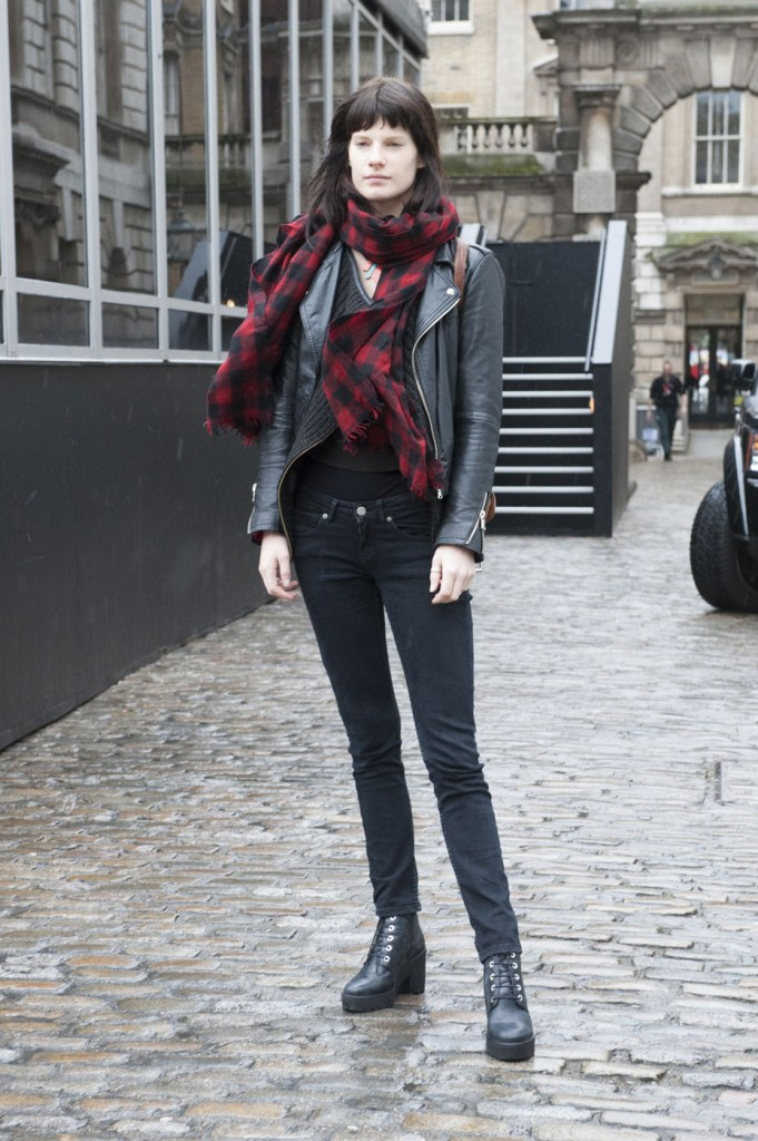 london-street-style-fashion-week-day-1-february-2014-the-impression-theimpression-001