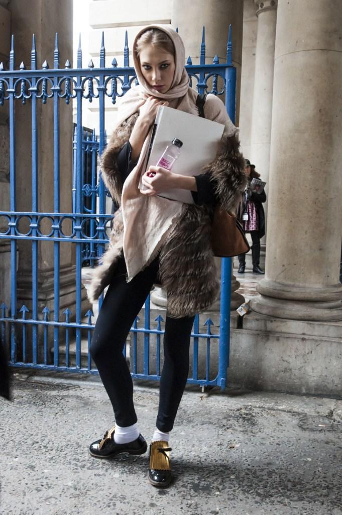 london-street-style-fashion-week-day-1-february-2014-the-impression-theimpression-004