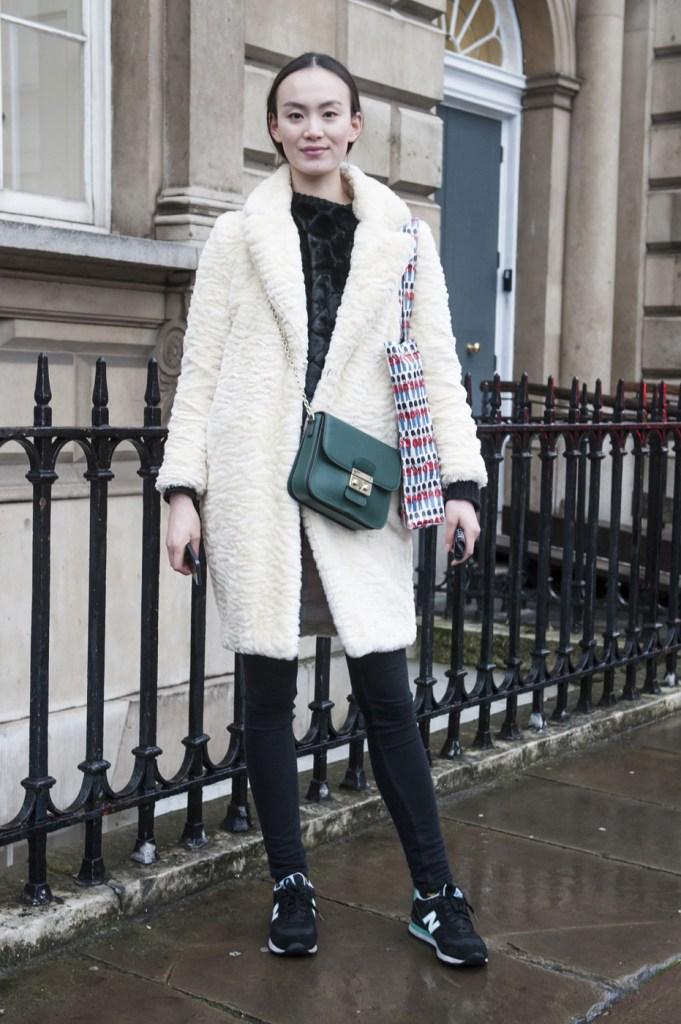 london-street-style-fashion-week-day-1-february-2014-the-impression-theimpression-019