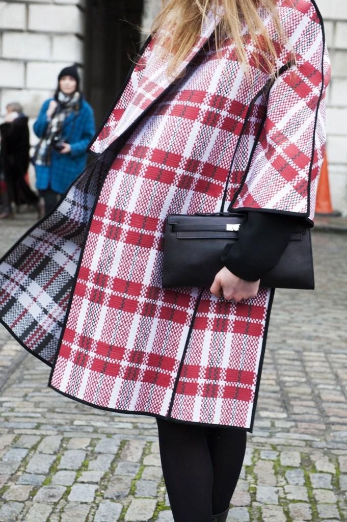 london-street-style-fashion-week-day-1-february-2014-the-impression-theimpression-023