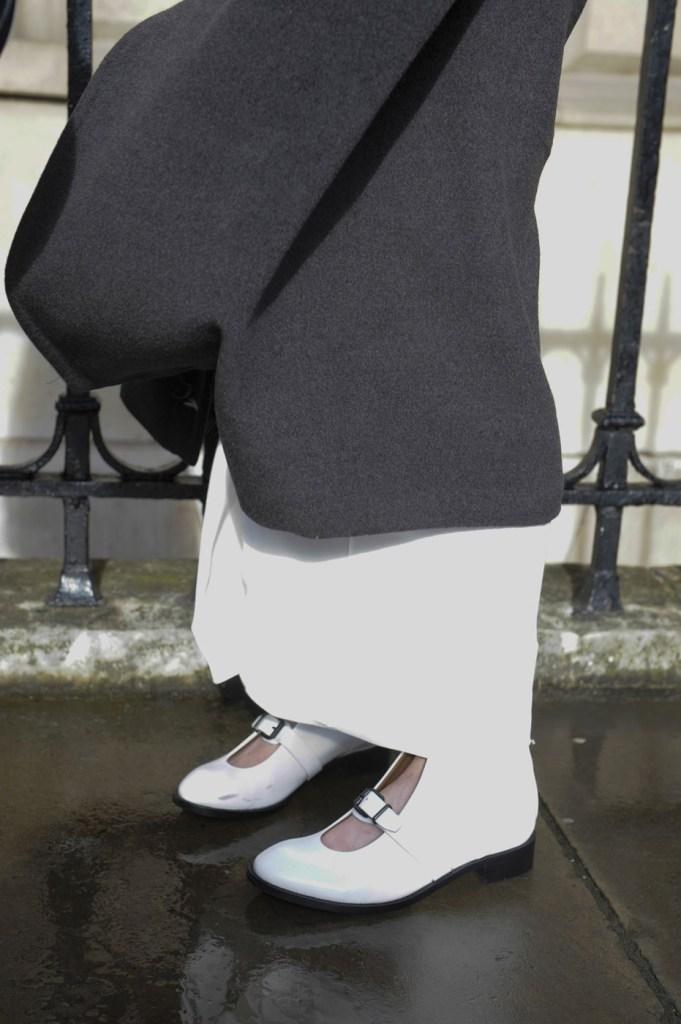 london-street-style-fashion-week-day-2-february-2014-the-impression-theimpression-038