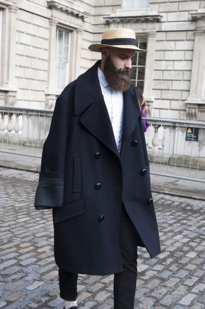 london-street-style-fashion-week-day-2-february-2014-the-impression-theimpression-045