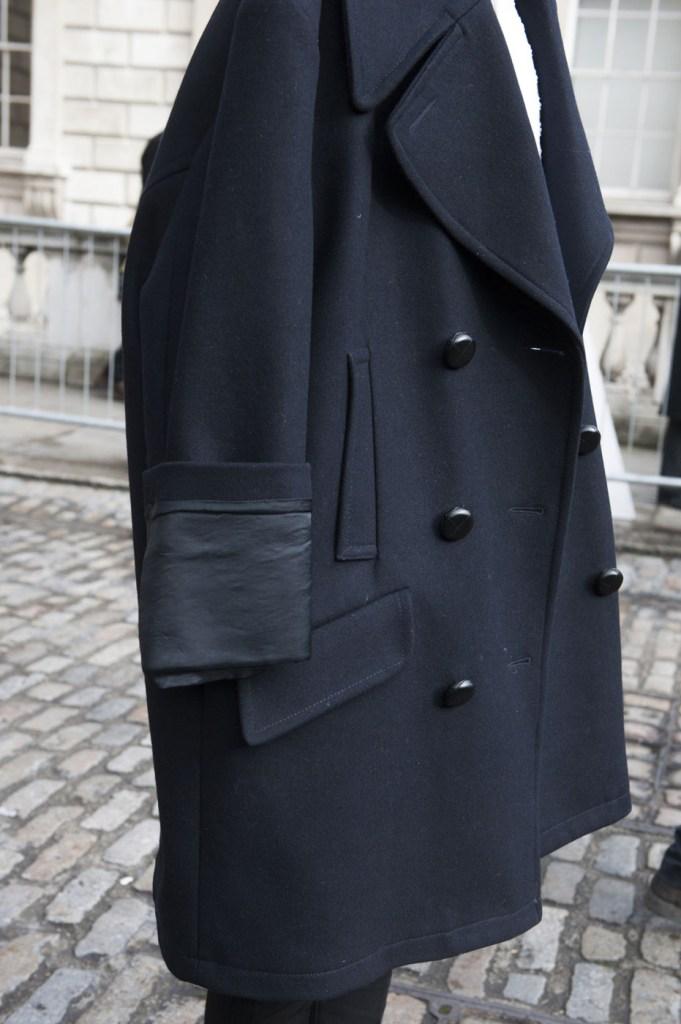 london-street-style-fashion-week-day-2-february-2014-the-impression-theimpression-046