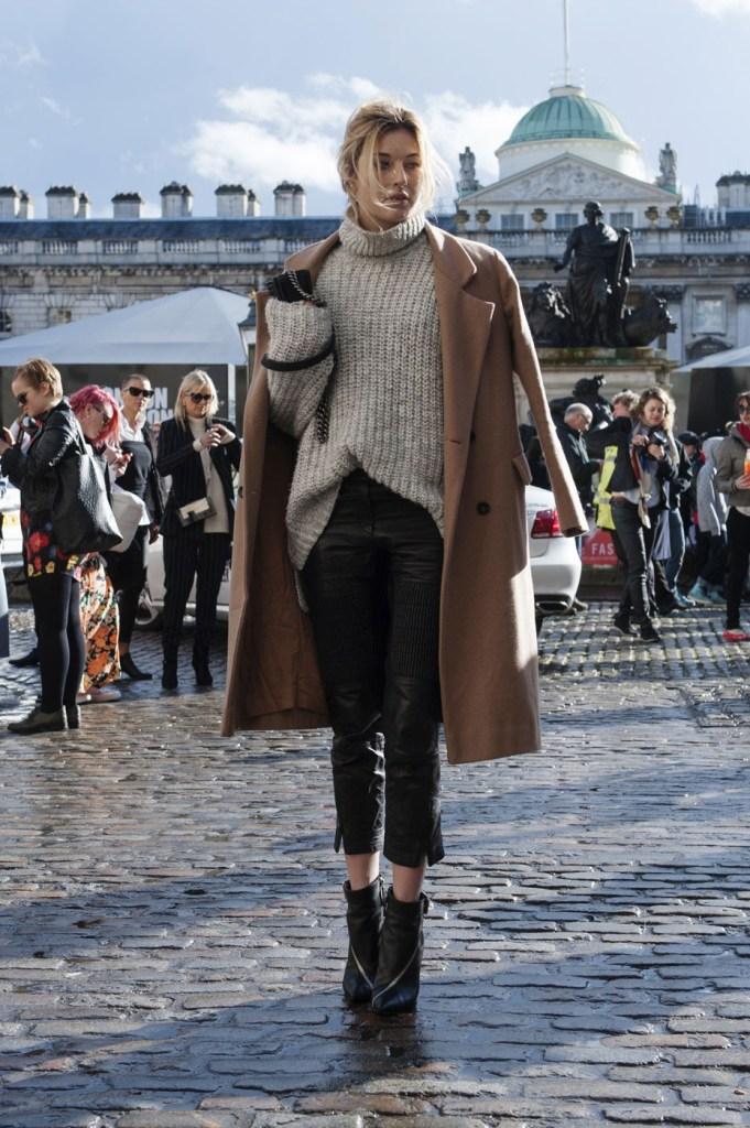 london-street-style-fashion-week-day-2-february-2014-the-impression-theimpression-052
