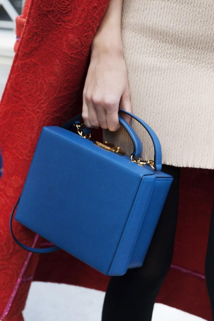 london-street-style-fashion-week-day-2-february-2014-the-impression-theimpression-057