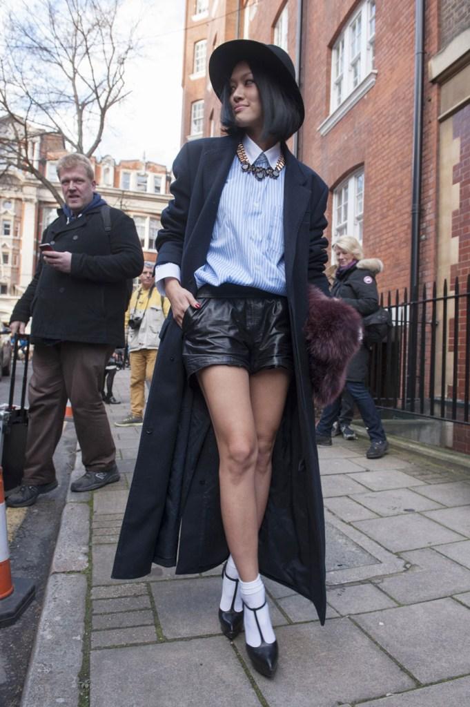 london-street-style-fashion-week-day-2-february-2014-the-impression-theimpression-061