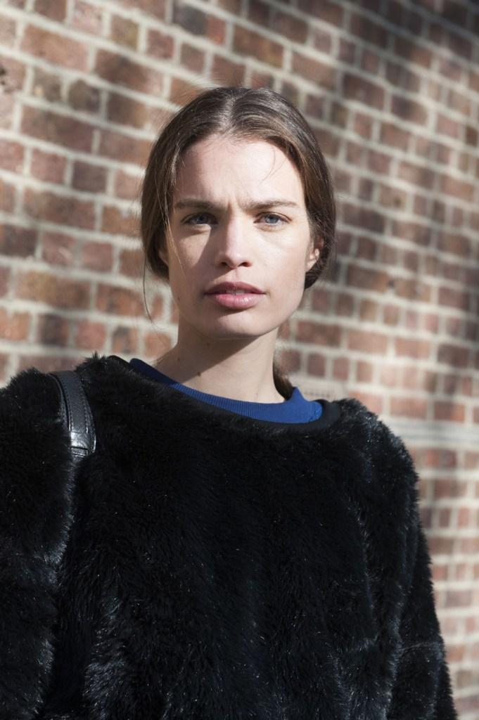 london-street-style-fashion-week-day-3-february-2014-the-impression-theimpression-023
