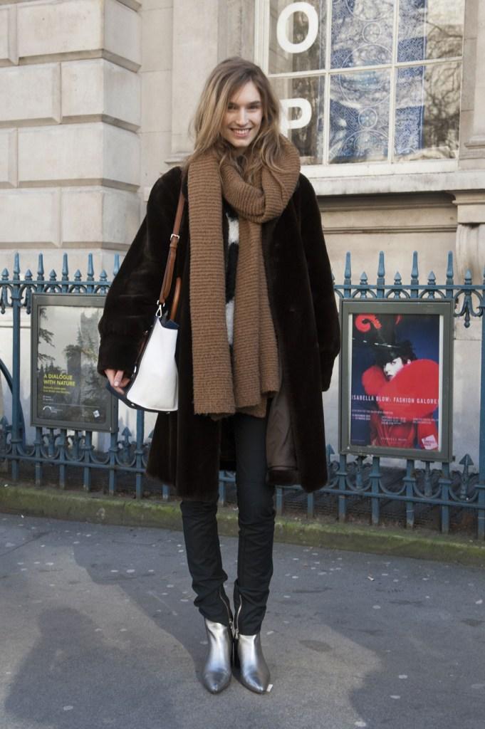 london-street-style-fashion-week-day-3-february-2014-the-impression-theimpression-040