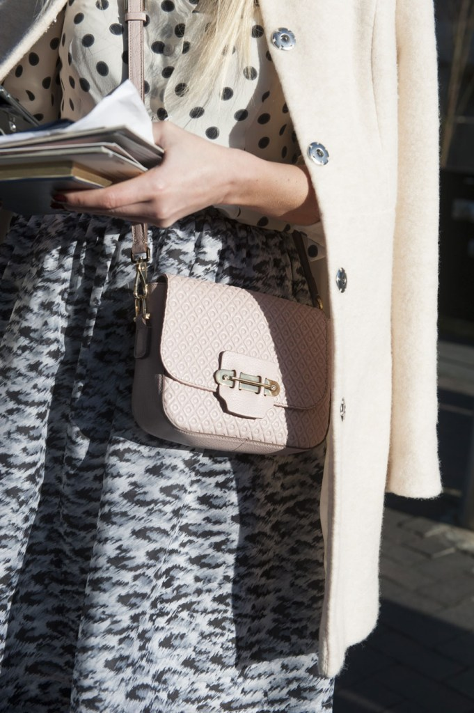 london-street-style-fashion-week-day-3-february-2014-the-impression-theimpression-060