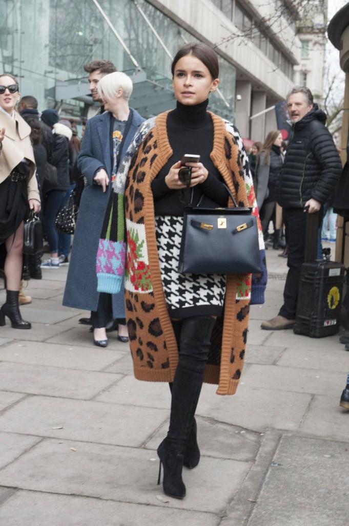 london-street-style-fashion-week-day-4-february-2014-the-impression-theimpression-053