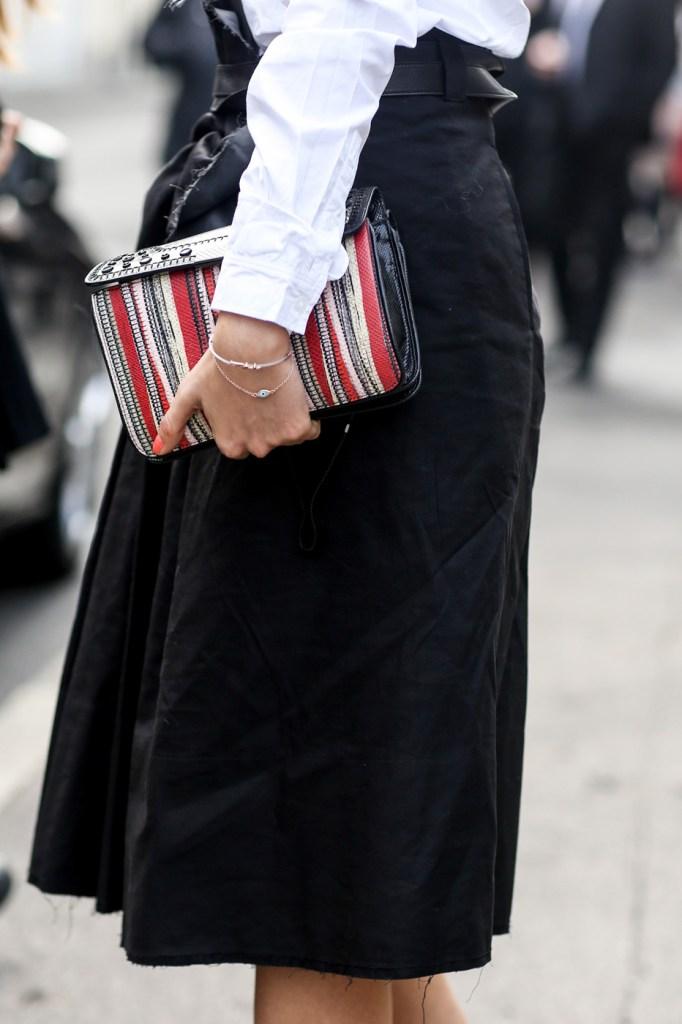 milan-street-style-fashion-week-day-4-february-2014-the-impression-theimpression-28