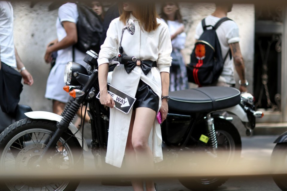 mens-fashion-street-style-milan-day-1the-impression-spring-2015-058
