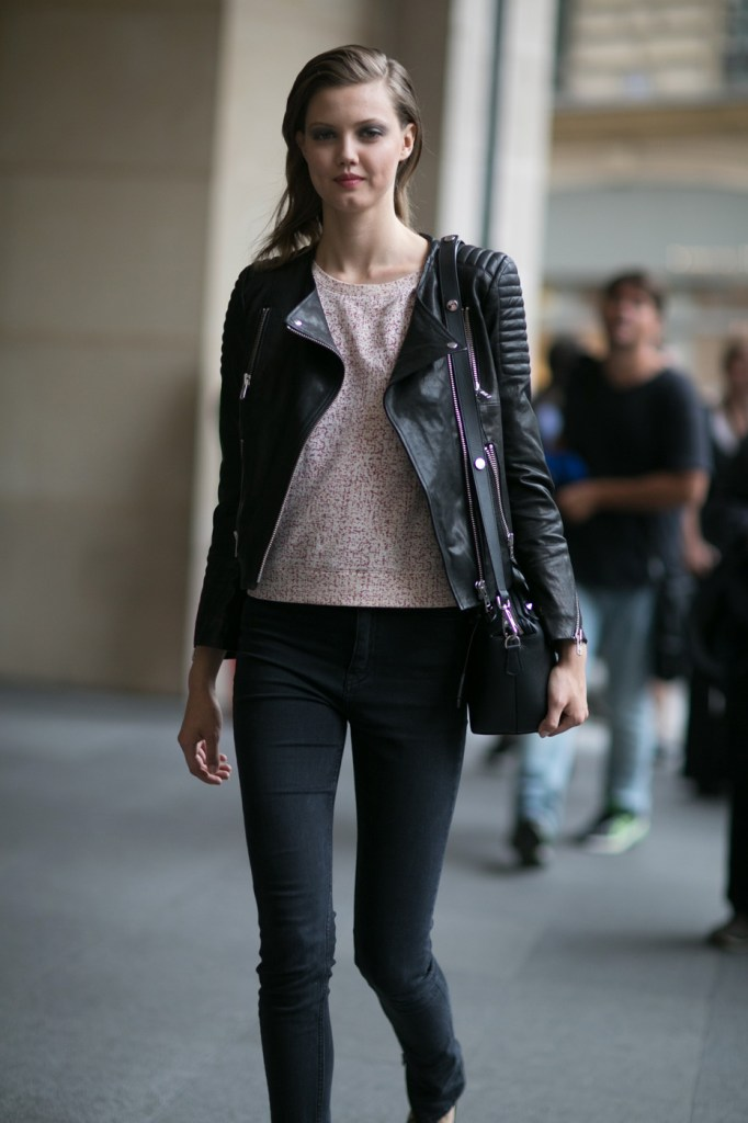 Street-Style-Day-3-Paris-Couture-Fashion-Week-the-impression-july-2014-001