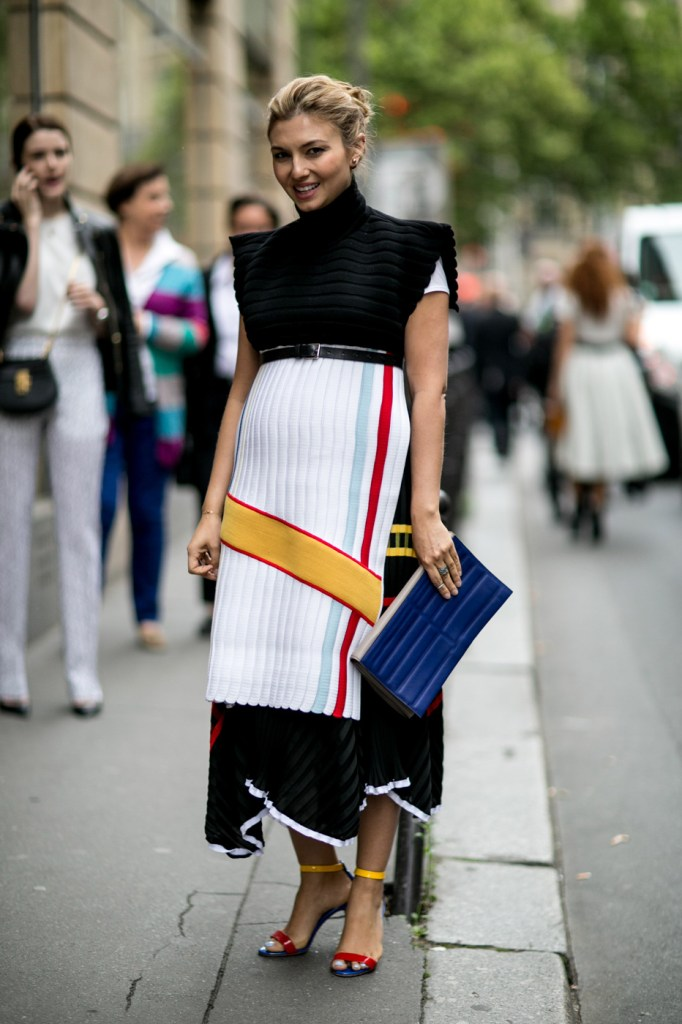 Street-Style-Day-3-Paris-Couture-Fashion-Week-the-impression-july-2014-042