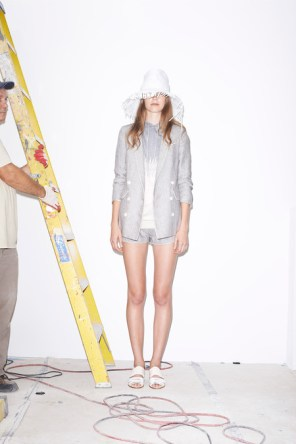 Band-of-Outsiders-spring-2015-runway-fashion-show-the-impression-007