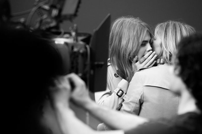 my-burberry-fragrance-bts-Kate-and-cara-the-impression-2014-03
