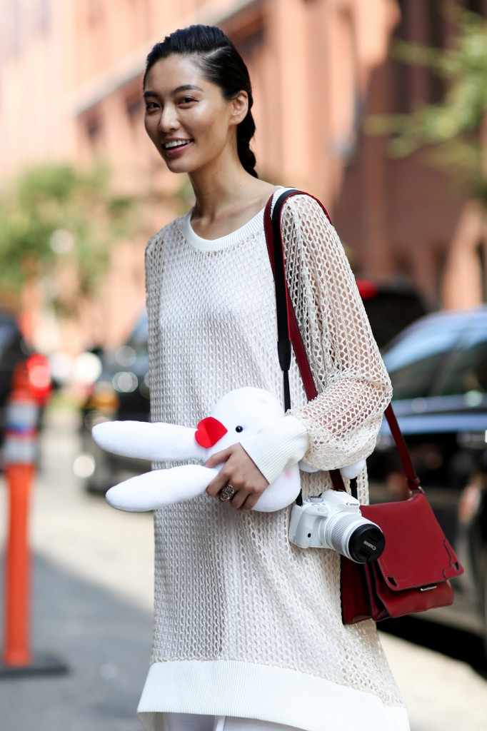 new-street-style-nyfw-sept-2014-day-2-the-impression-006