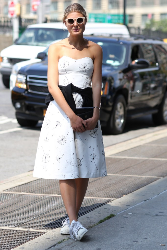 new-street-style-nyfw-sept-2014-day-2-the-impression-043
