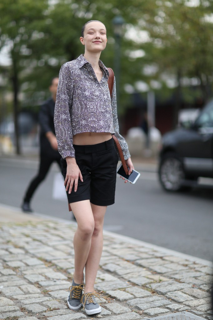 new-york-street-style-nyfw-day-3-sept-2014-the-impression026