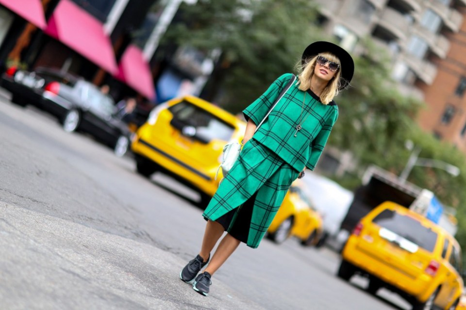 new-york-street-style-nyfw-day-3-sept-2014-the-impression048