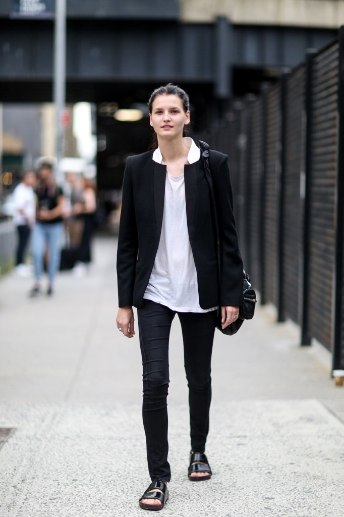 new-york-street-style-nyfw-day-5-sept-2014-the-impression-022