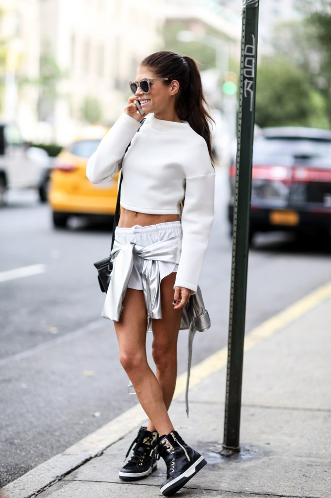 new-york-street-style-nyfw-day-5-sept-2014-the-impression-026