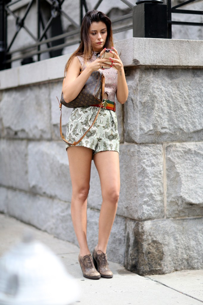 new-york-street-style-nyfw-day-5-sept-2014-the-impression-030